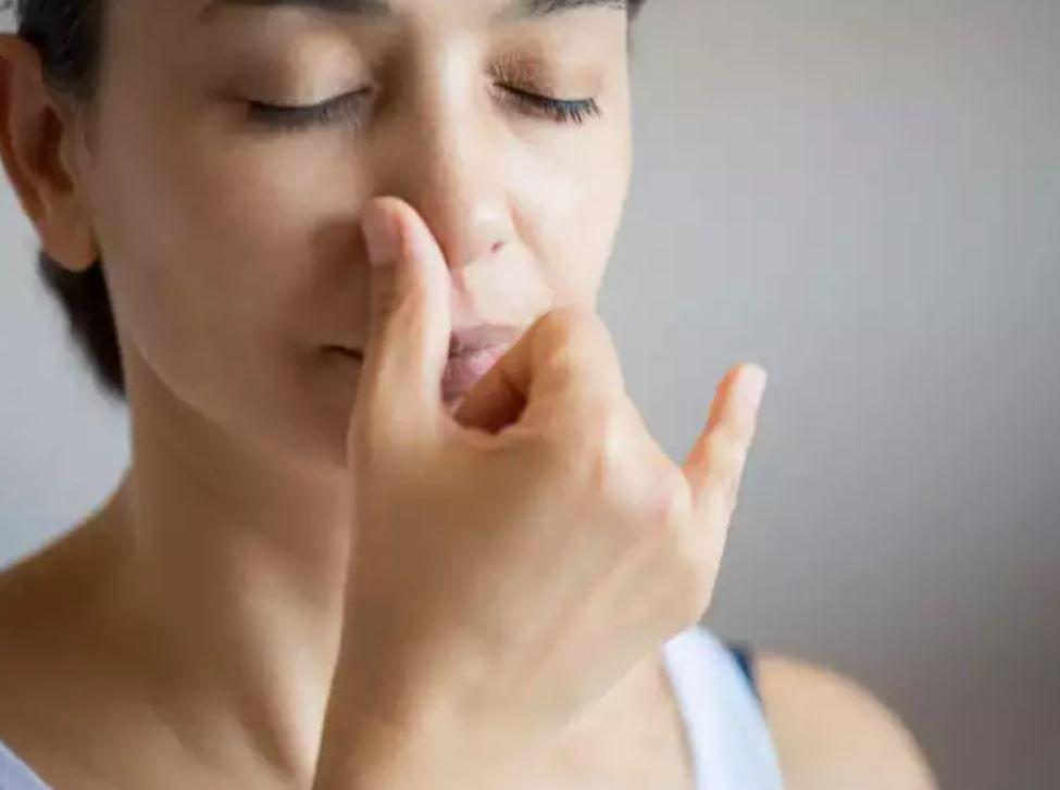 تنفس بالانف وليس الفم