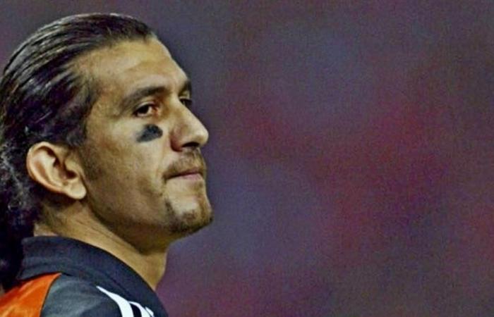 إصابة حارس برشلونة السابق بـ'كورونا'