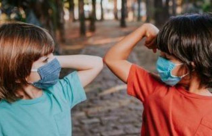كيف تحافظ على صحة طفلك العقلية خلال جائحة كورونا؟