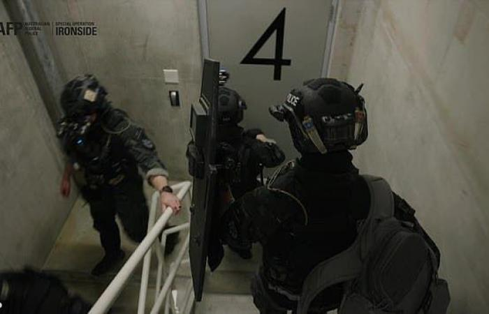 جديد العصابات المنظمة.. غلطة زعيم أنقذت 10 من القتل