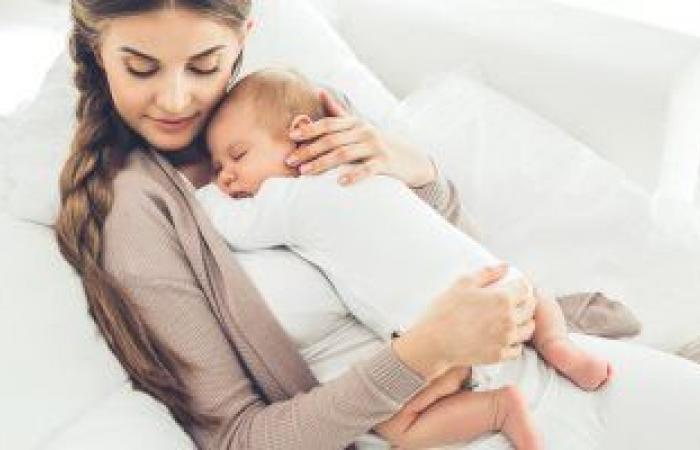 تعرف على النظام الغذائي للمرضعات.. أطعمة يجب تناولها وتجنبها