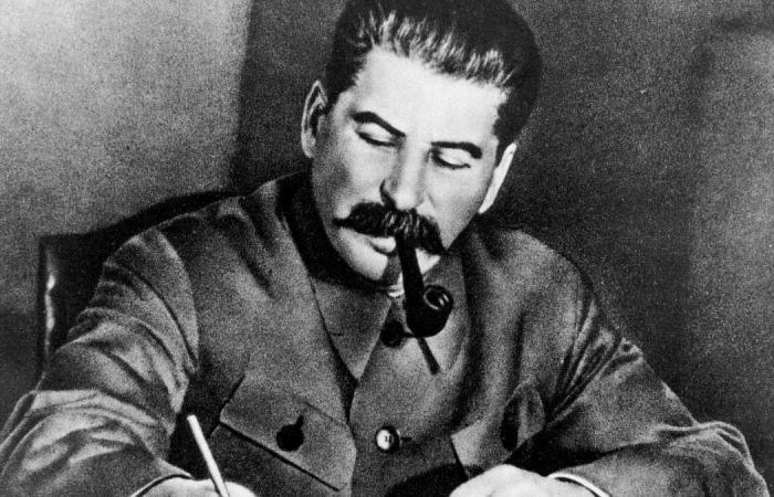 """""""رجل ميت"""".. فكرة ولا أغرب اعتمدها السوفيت لحماية ستالين"""