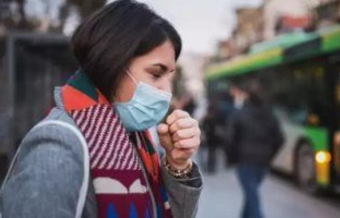 فى موسم البرد.. إزاى تفرق بين أعراض كورونا والتهاب الجيوب الأنفية؟