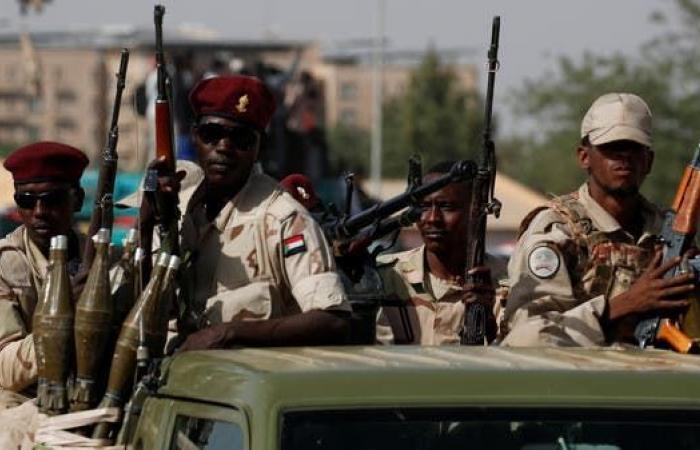 """محاولة انقلاب شرق السودان..والفكي """"هبوا للدفاع عن بلدكم"""""""