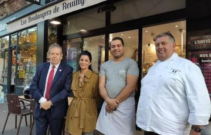 تونسي سيجهّز الخبز للرئيس ماكرون لمدة عام كامل